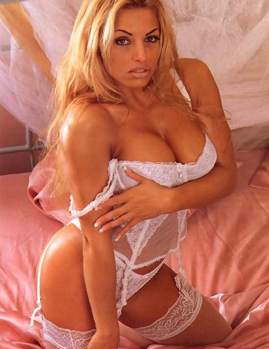 wwe divas fake pictures http://itsrockingwrestling.wordpress.com/2011/05/21/trish-stratus-new/